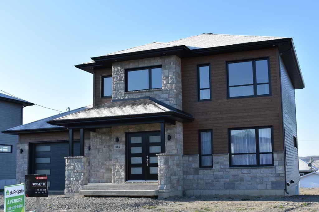 2 étages bois et briques